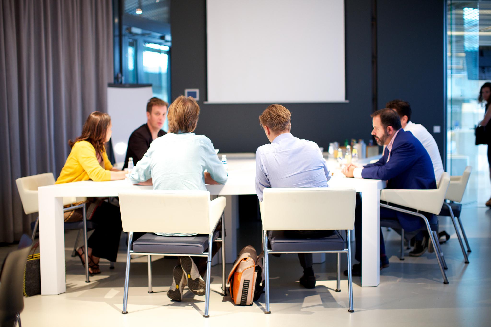 Team_Meeting_Hosted_PBX